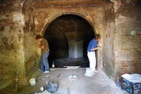 Čistenie stien v predsieni bastióna